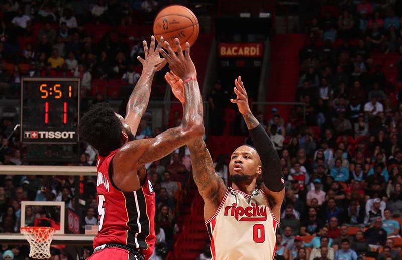 本届三分大赛将增设两个超远三分投篮点,分值为每球3分