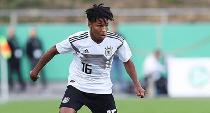 官方:不莱梅签下德国U21青年队边卫,今夏正式加盟