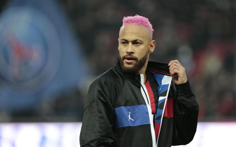 队报盘点法甲球员月薪:内马尔独一档,前十均来自巴黎