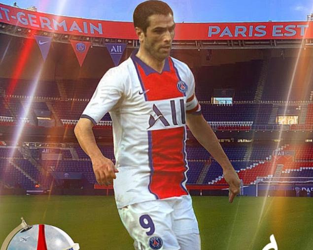 巴黎20-21赛季客场球衣谍照:主体为白色,领口袖口蓝色