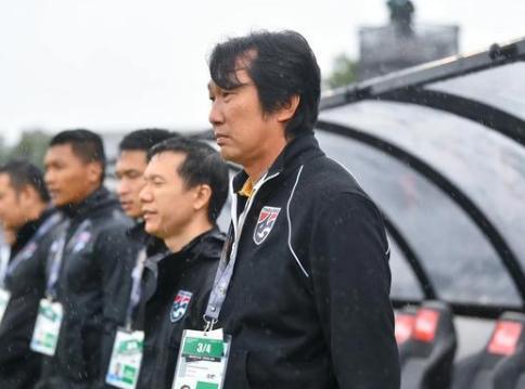 泰国女足主帅:中国女足更像整体,每名球员都可怕