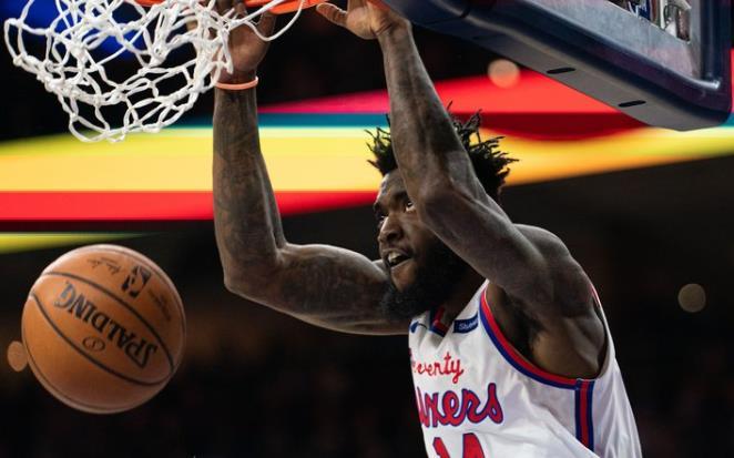 76人裁掉博尔登,将与诺维尔-佩莱签下NBA常规合同