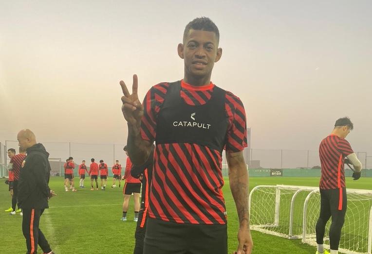 洛佩斯:适应中国足球不是问题,希望在上港书写故事