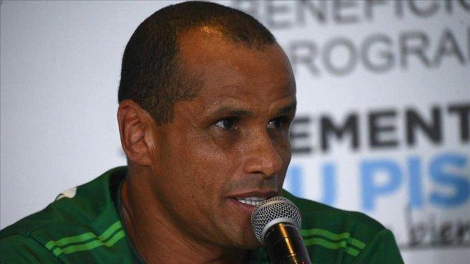 里瓦尔多:威廉-若泽在巴萨能进更多球,不认为梅西会走