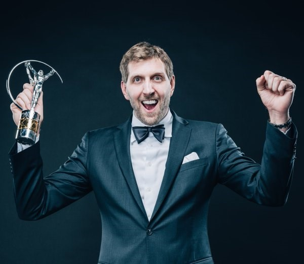 传奇巨星!德克-诺维茨基获得2020年劳伦斯终身成就奖