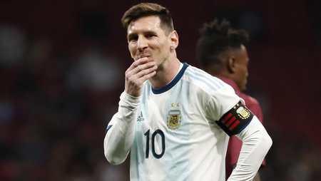 斯卡洛尼:我希望梅西能开心,无法想象他在其他俱乐部