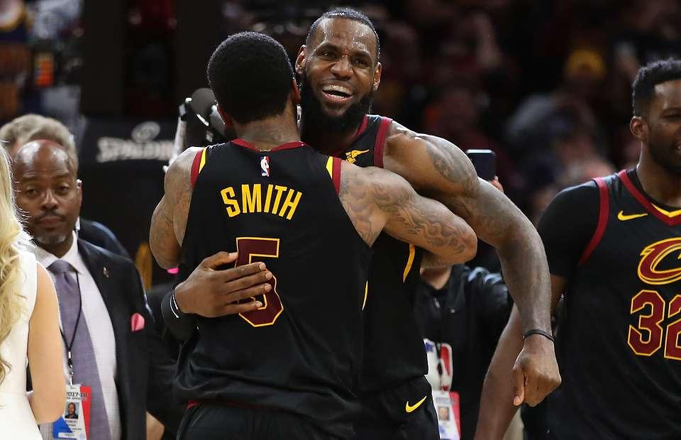 詹姆斯转发称赞JR-史密斯:他会出手命中最难的投篮