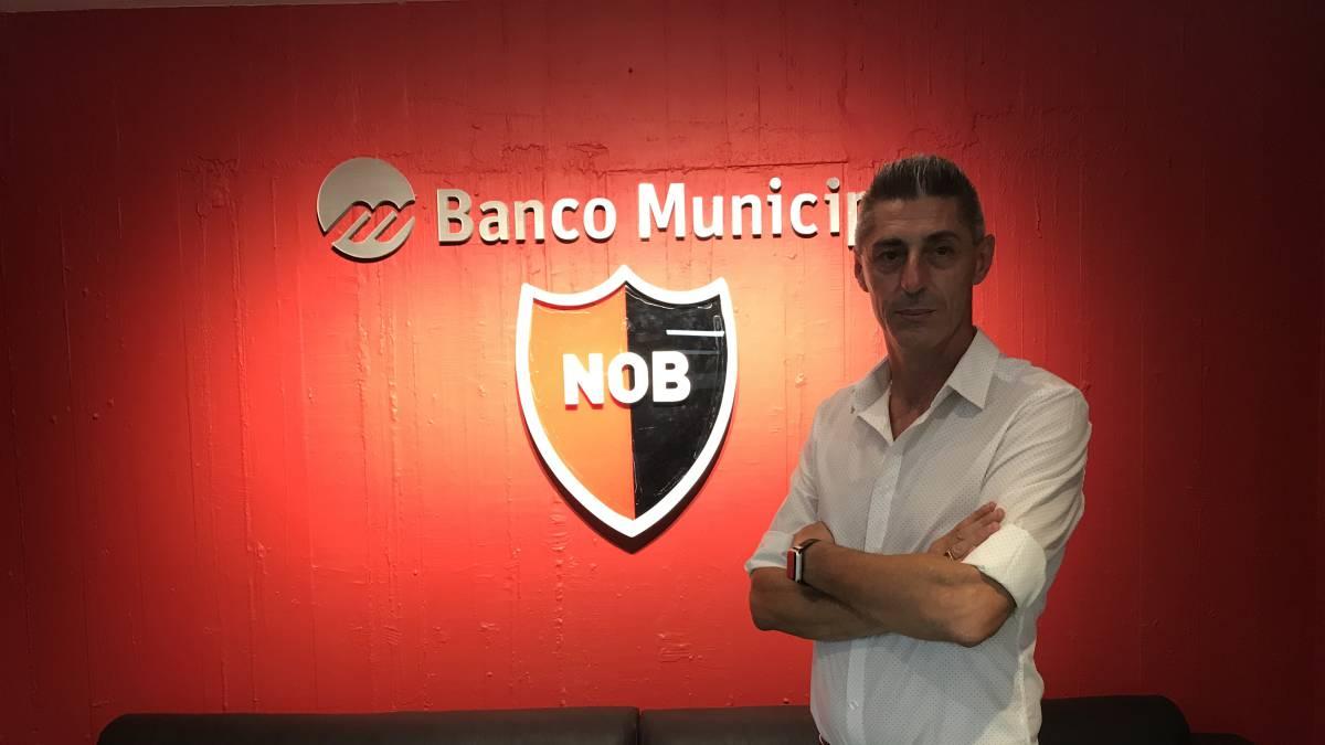 纽维尔副主席:梅西若回归,那将实现所有阿根廷人的梦想