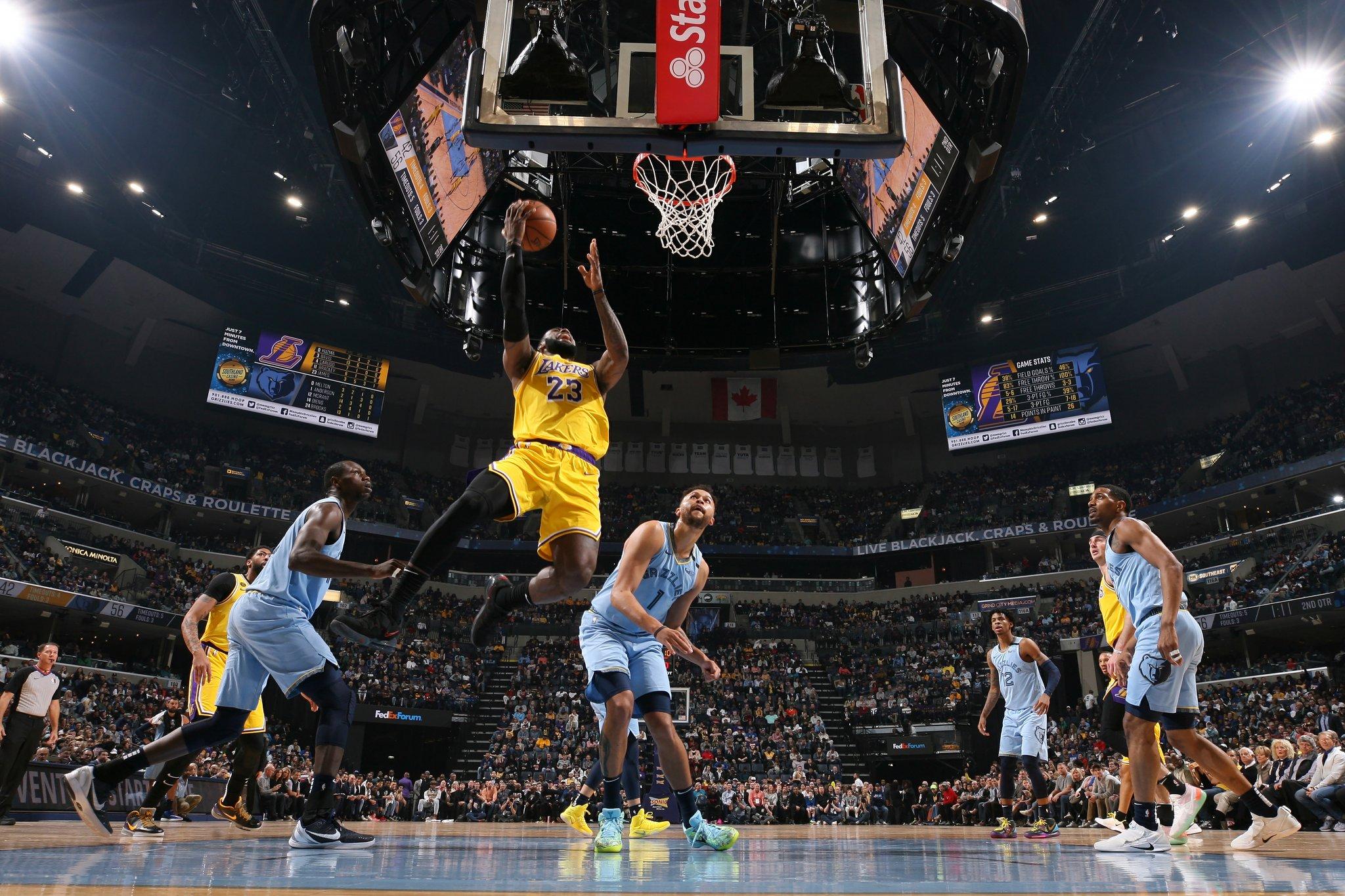 詹姆斯谈莫兰特:篮球智商和年龄无关,这是先天的东西