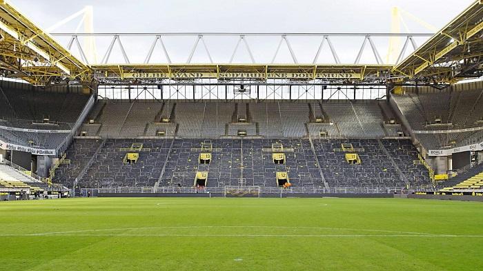 德国卫生部建议取消大型赛事,德媒担心鲁尔德比会空场