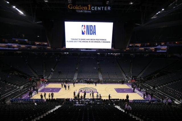 NBA要求全体球员不得在3月17日前参与合练,尽量待在家中