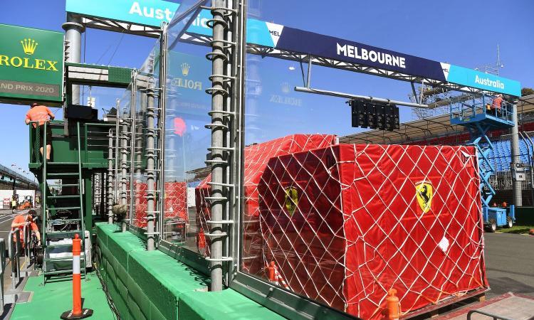 新冠疫情导致多位足球界人士诊断,F1澳洲站被应急叫停