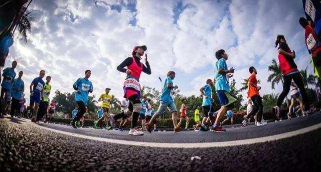 体育总局:马拉松、中超、CBA大型体育赛事暂不恢复