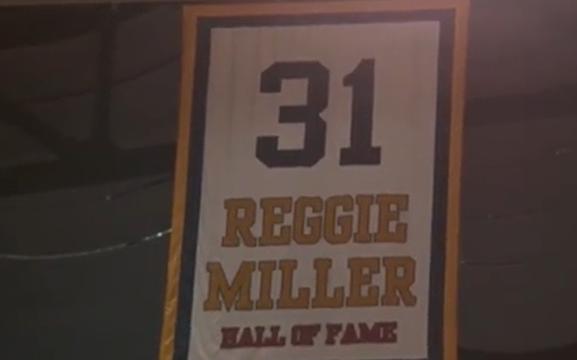 2006年的今天,雷吉-米勒的球衣在步行者主场退役