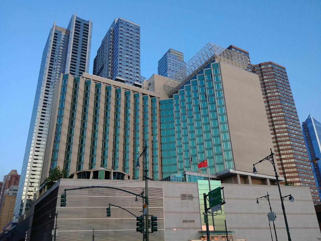 NBA联合中国驻纽约总领事向纽约捐赠100万个医用口罩