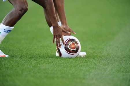 非洲独苗!布隆迪足协评估疫情后决议继续举行联赛