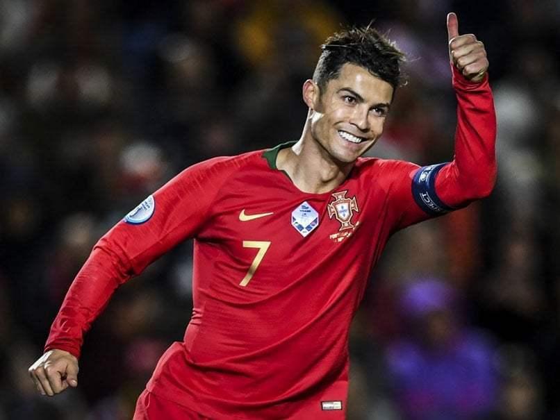 领袖!C罗牵头葡萄牙国家队捐50%欧洲杯晋级奖金用于抗疫