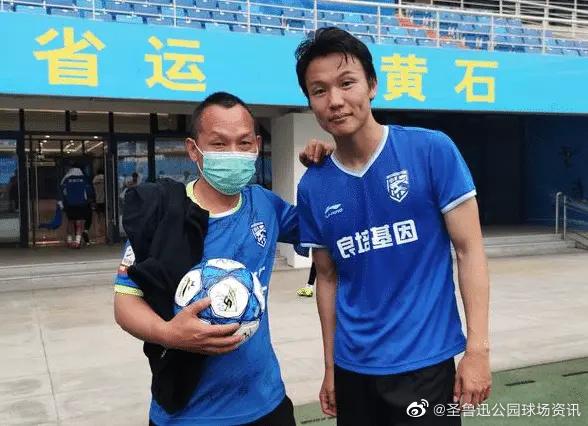 曝邓卓翔与北控合同到期,球员正试训中乙武汉三镇