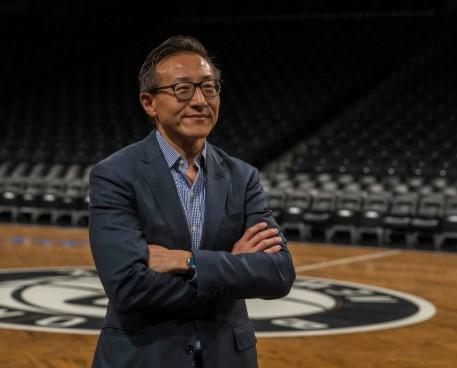 蔡崇信:少年时代是76人球迷,收购篮网是难得的机会