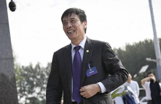 白岩松连线陈戌源:不挤掉泡沫,中国足球没有未来