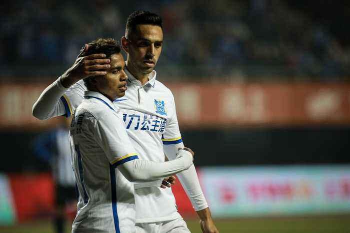 热身:扎哈维雷纳迪尼奥破门,广州富力2-0梅州客家