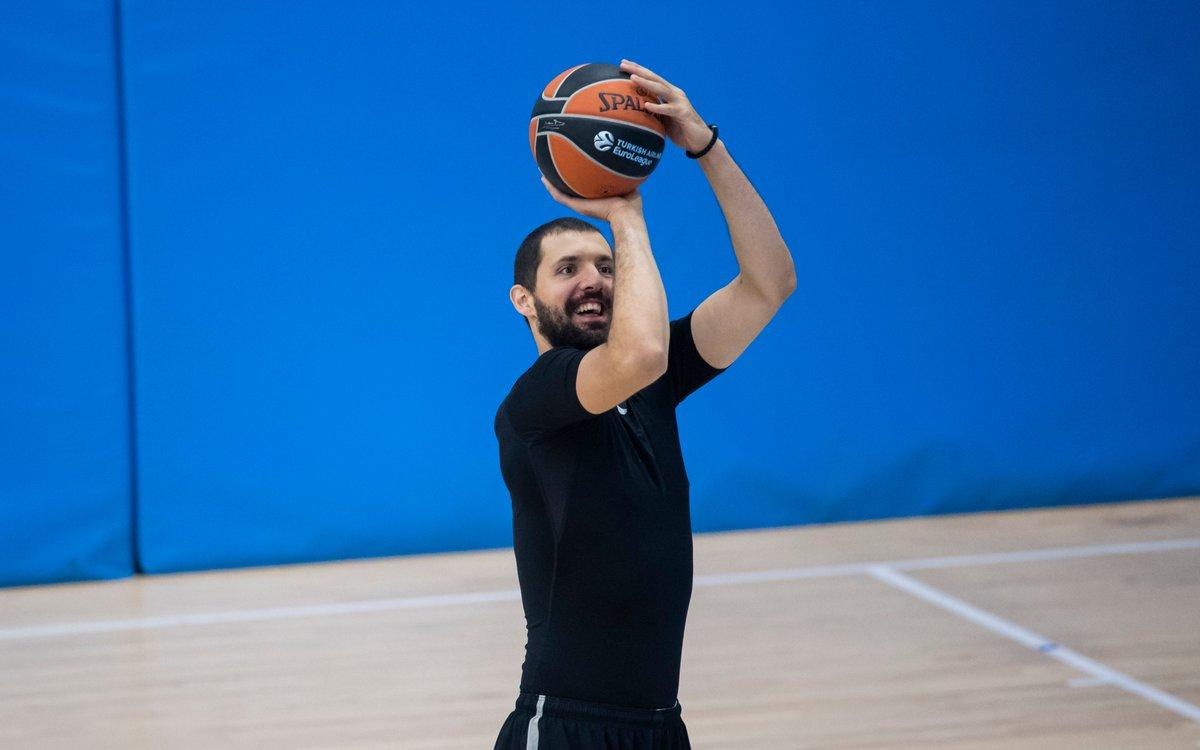 巴塞罗那篮球俱乐部今日恢复训练,球员在训练前接受检测
