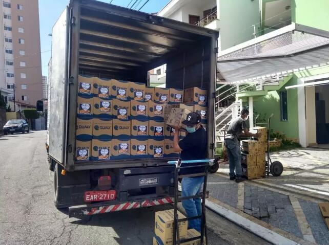 热心公益,保利尼奥再为困难群体捐赠食物和防护设备