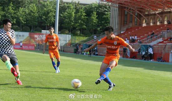 热身赛:段刘愚、李海龙破门,鲁能2-1黄海