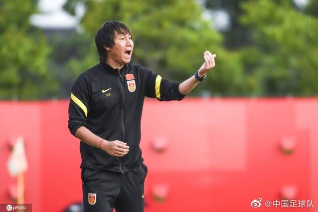 记者:李铁表扬国足拼搏精神,夸赞弟子打出了训练内容