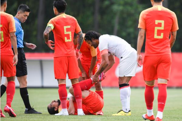 北青:洛国富伤停3-4周,确认无法继续参加本期国足集训