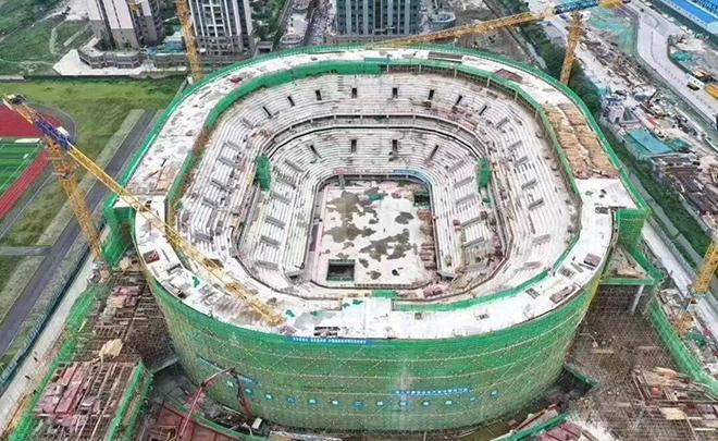 四川男篮新球馆主体结构封顶,预计明年三月建成投用
