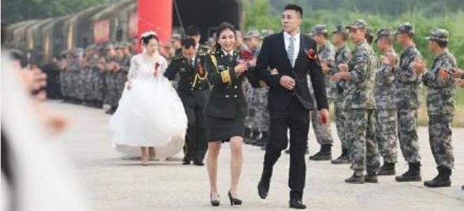 """祝贺!田桂森求婚成功,单身妻为陆军女""""枪王"""""""