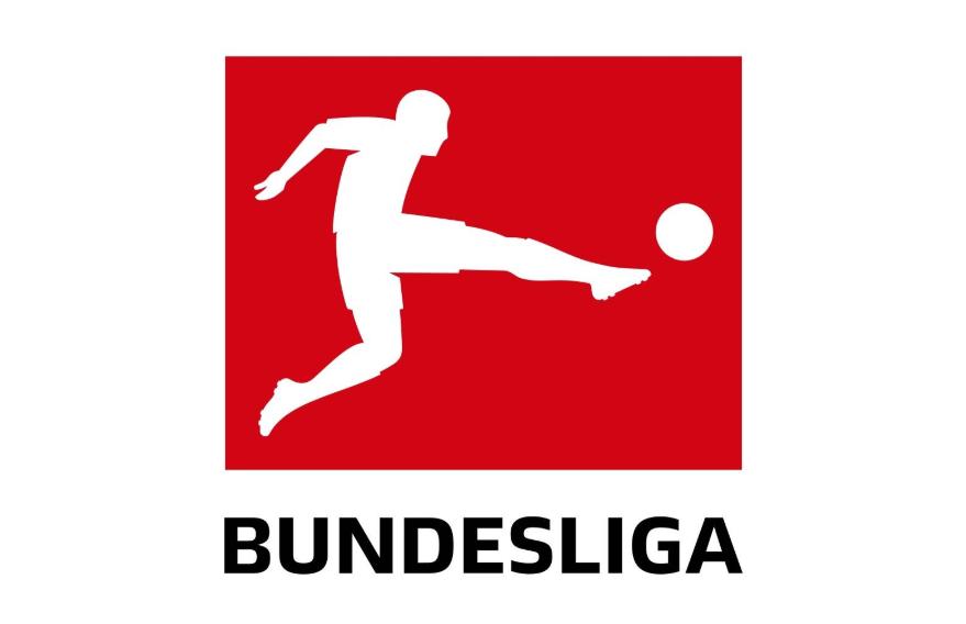 德甲每日观察:巴萨曾有意戴维斯;拜仁7年前成就三冠王  足球话题区