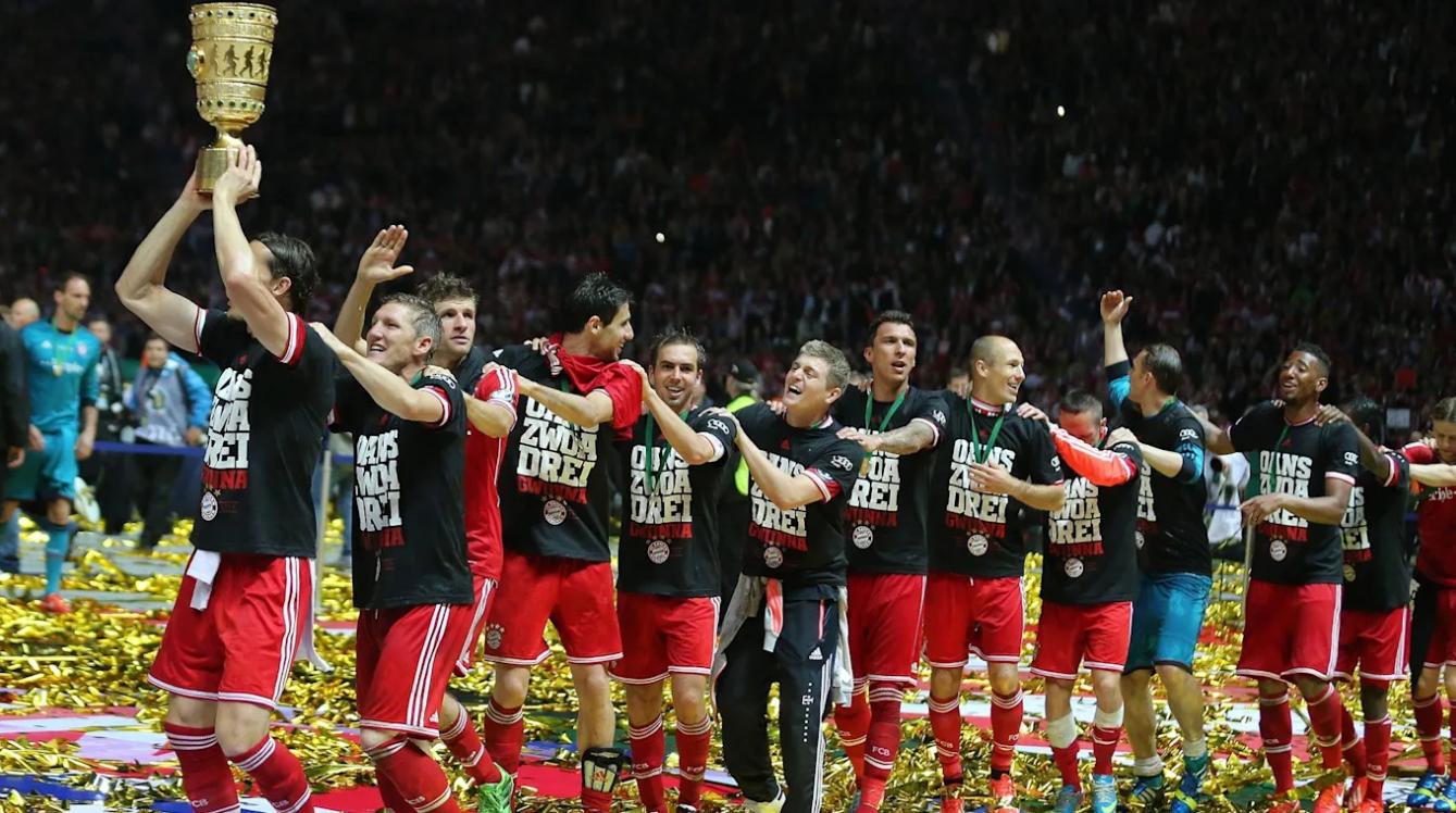 范比滕:现在的拜仁和2013年很像,相信他们能拿三冠王
