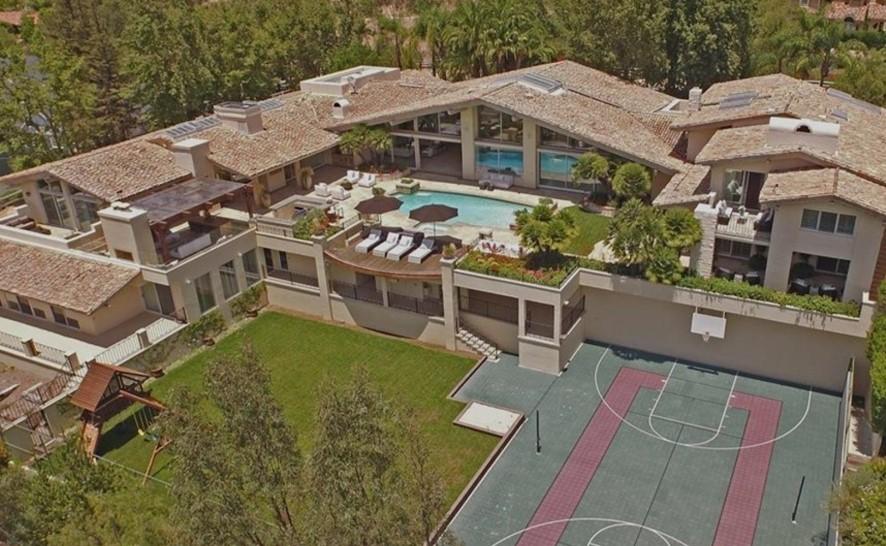 乔治挂牌出售自己的一处洛杉矶房产,要价949.5万美元