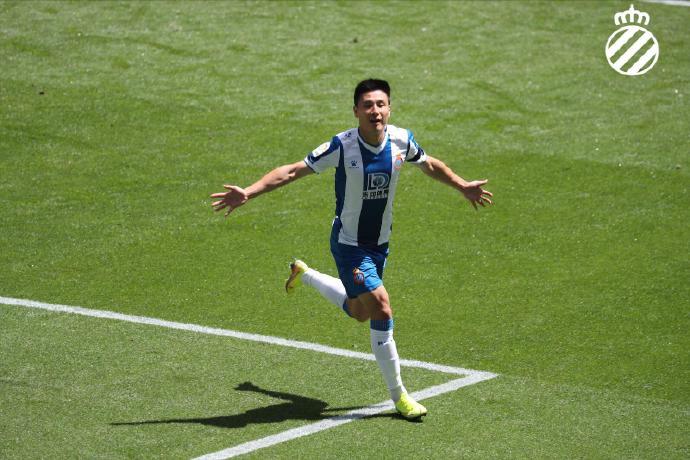 中新网:用进球宣告战胜新冠,武磊带来超越足球的感动