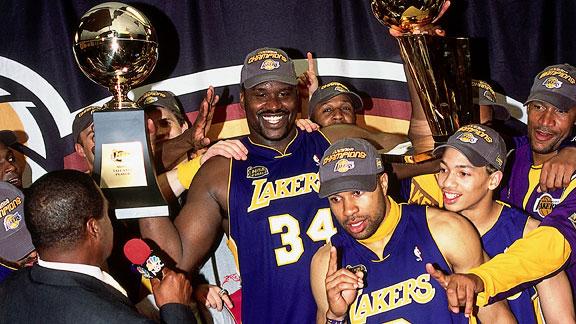 19年前的今天,湖人击败76人夺两连冠,奥尼尔两连FMVP