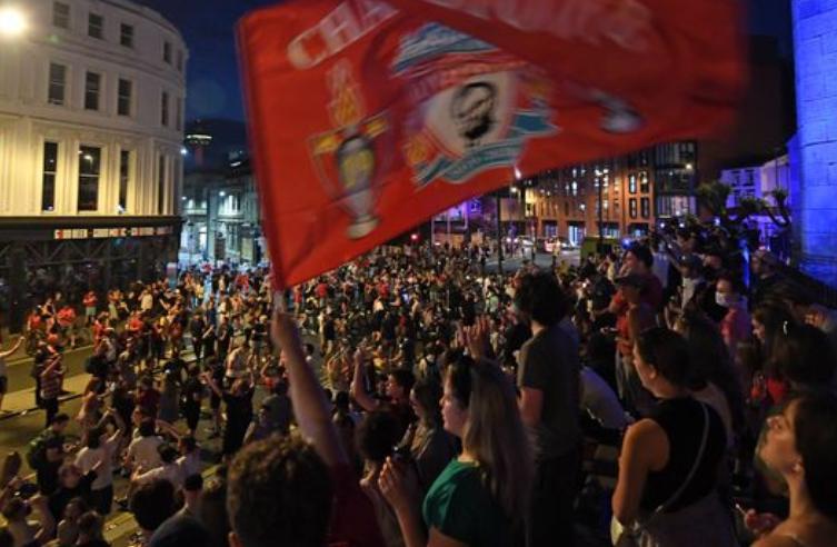 利物浦市长:尽管我是埃弗顿球迷,但仍是要恭喜红军夺冠