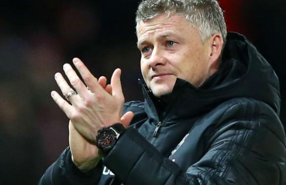 内维尔:看看范戴克对利物浦的影响,曼联需要签顶级中卫  足球话题区