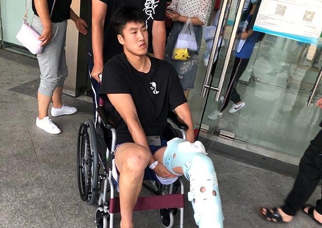 同曦官博晒照:王睿跟腱手术成功,今日已办理出院