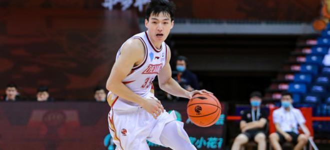 吴前生涯总助攻数超孙悦和张楠,上升至历史第44位