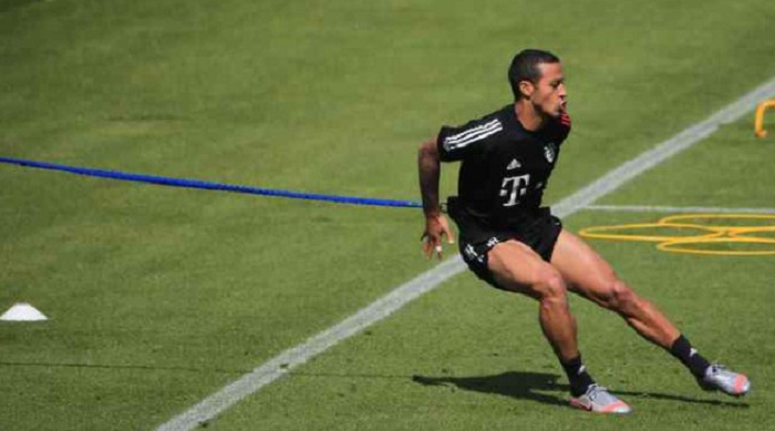 图片报:蒂亚戈参添了完善的训练,将进入德国杯决赛大名单