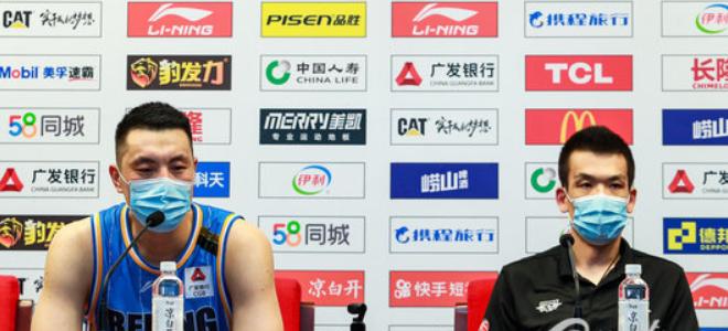 解立彬:老球员体力是个问题,但在关键时刻总能站出来