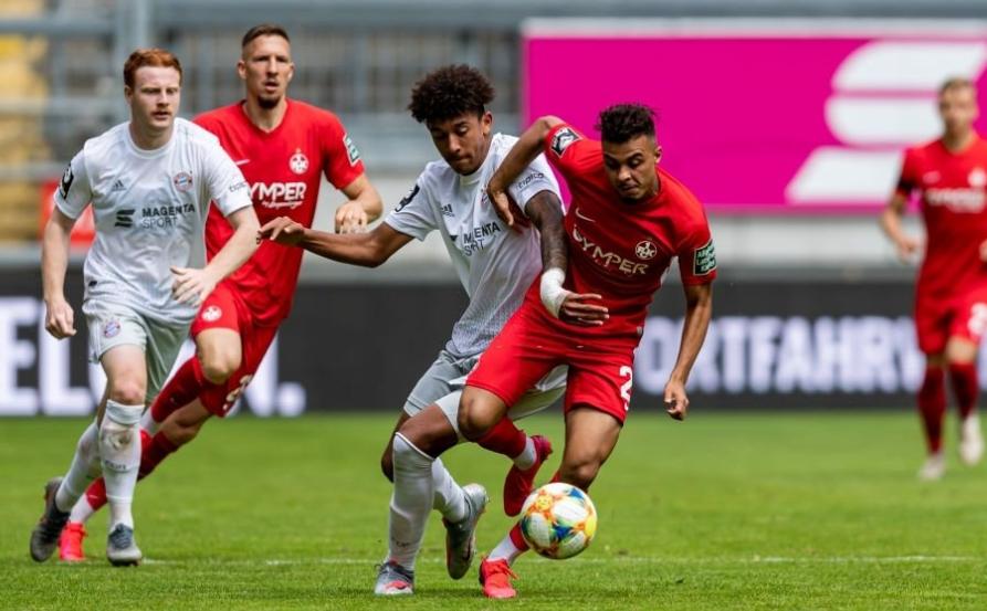 恭喜!拜仁慕尼黑二队拿到德丙联赛冠军