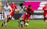 恭喜!拜仁慕尼黑二队拿到德丙联赛冠