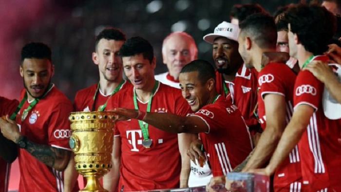 搞笑欢迎词:拜仁德国杯决赛评分:莱万满分,格纳布里和基米希高分_冠盈体育直播