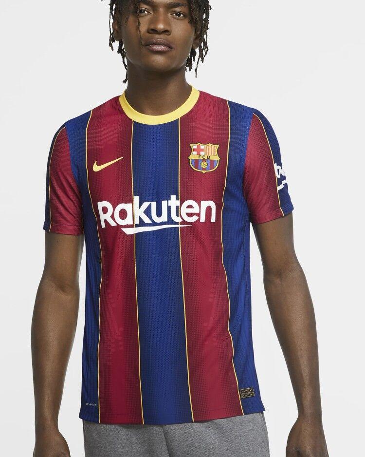 巴萨下赛季主场球衣公布:灵感来自9年前五冠王赛季球衣
