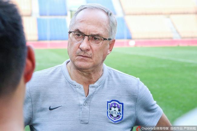 记者:施蒂利克7月9日起程回中国,肖智不息参添球队相符练