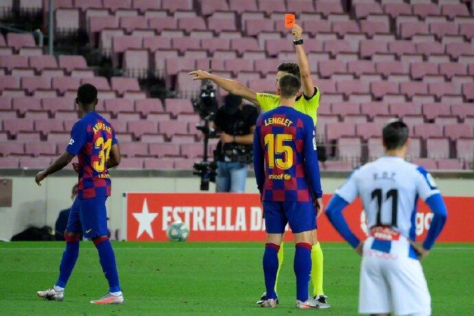 法蒂成西甲历史第四年轻被罚下的球员,巴萨单季被罚下6人