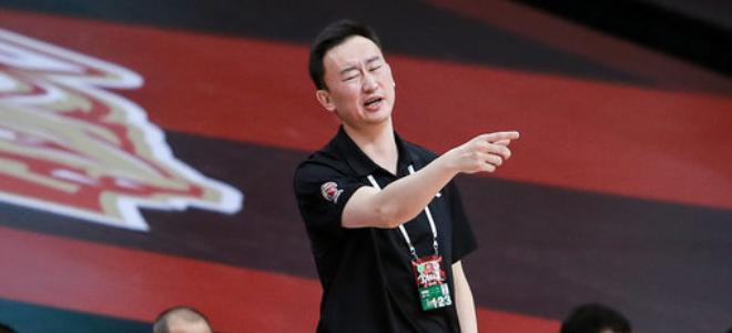 刘维伟:比赛没有一场是容易的,无论输赢凝聚力都没丢